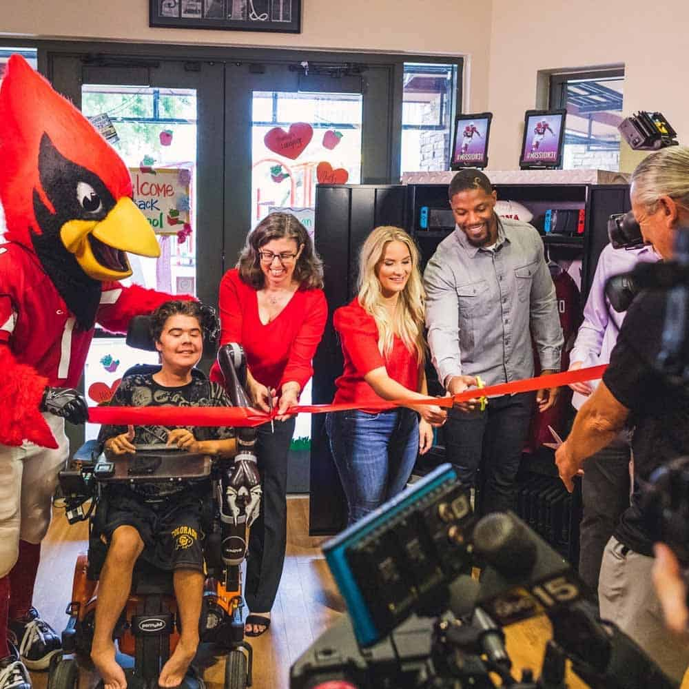 Cardinals' David Johnson Donates Locker Full of Fun!